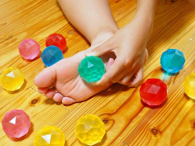 外反母趾、内反小趾、浮き指、偏平足、セルフケア